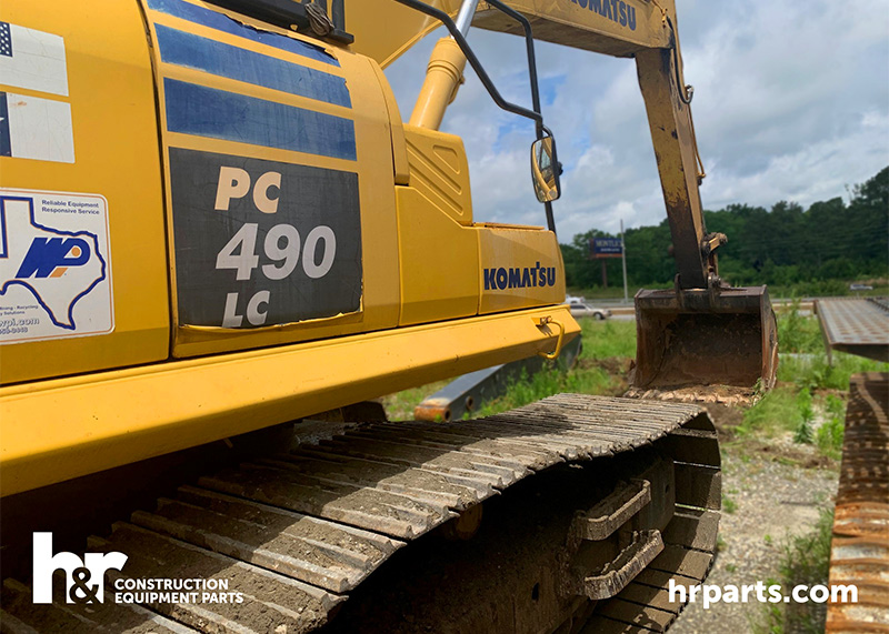 Komatsu PC490LC-11 Excavator in salvage yard.