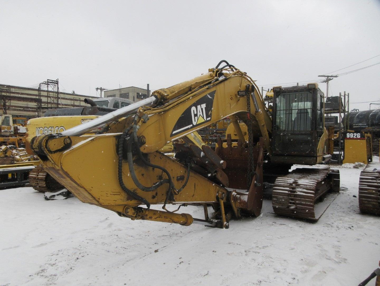 Salvaged 320C L Excavator