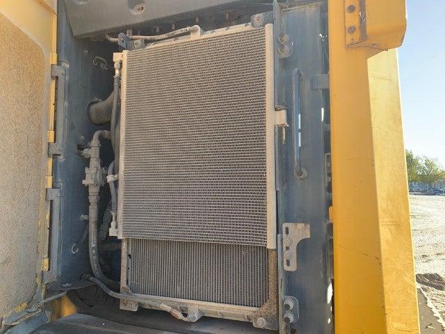 John Deere 844K-II teardown machine photo 11
